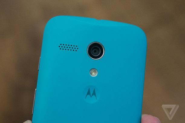 Motorola-Moto-G-retro