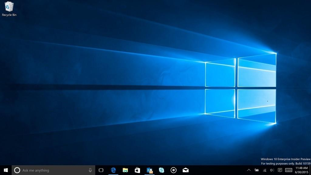 Windows 10 build 10159 desktop
